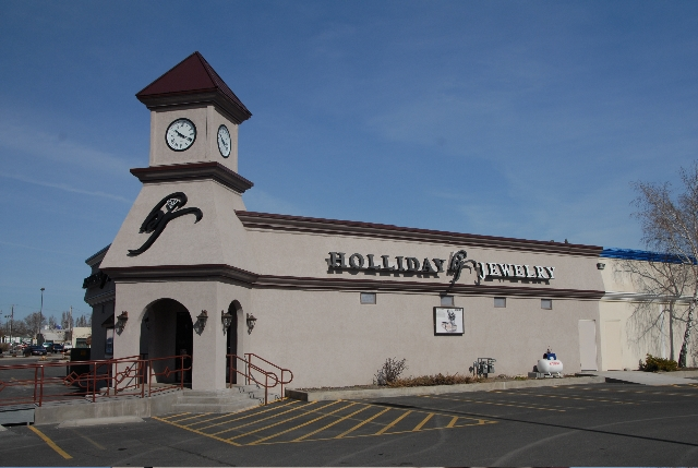 About holliday jewelry our jewelry store klamath falls or for Klamath falls jewelry stores